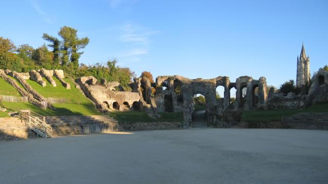 Arènes de Saintes - Amphithéâtre gallo-romain