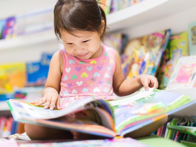 Enfant lecteur
