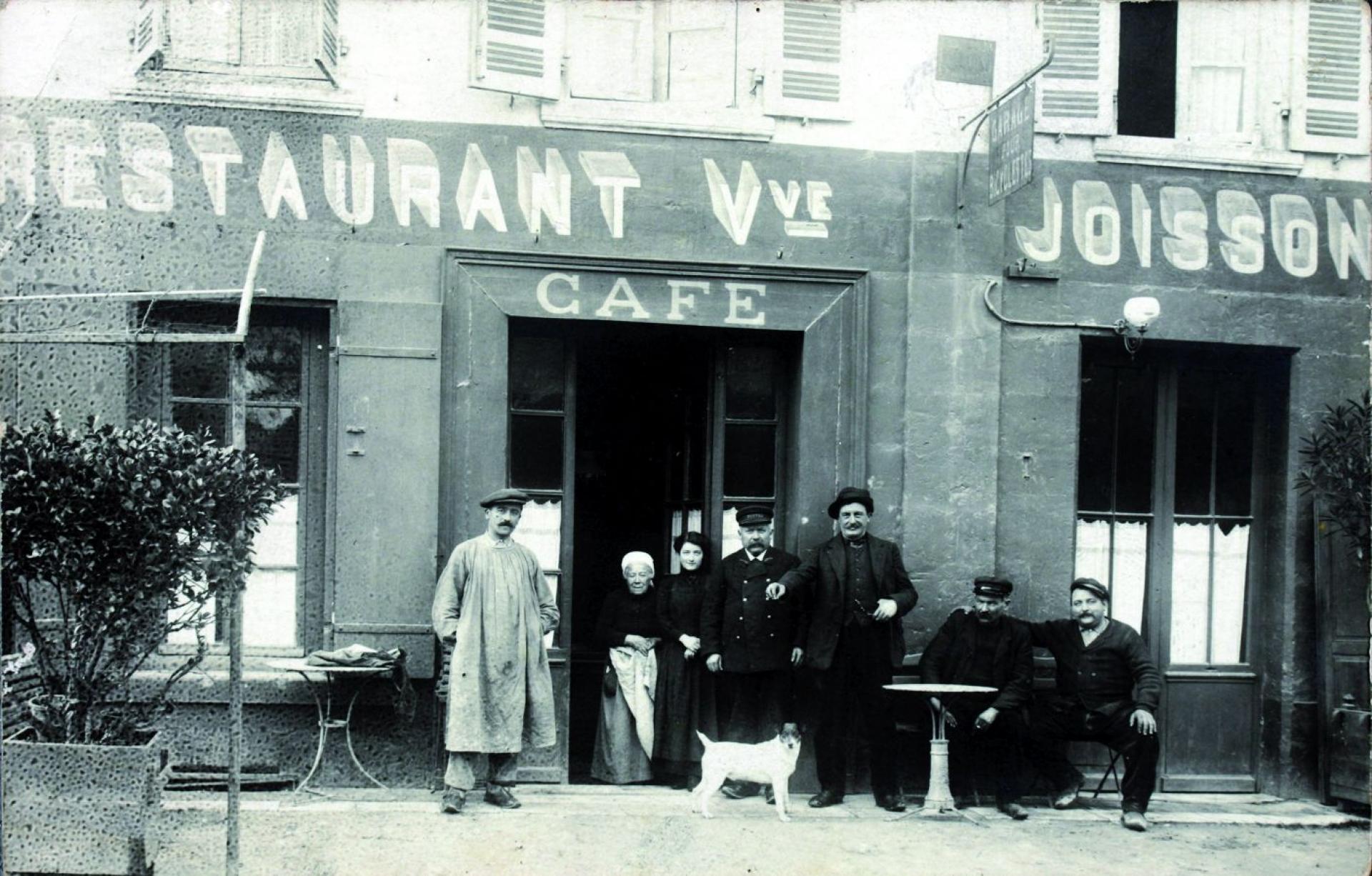 Le Restaurant Joisson Cours Reverseaux Au Début Du Xxe Siècle